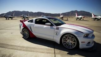 Ford Mustang 2014 Thunderbirds Edition frontal