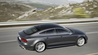 Audi RS7 lateral dinámica