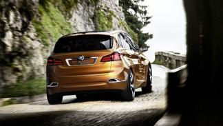 BMW Concept Active Tourer Outdoor trasera