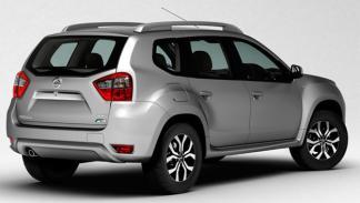 Nissan Terrano 2013 trasera