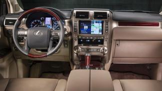 Lexus GX 460 2014 interior