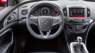 Opel Insignia OPC 2014 interior