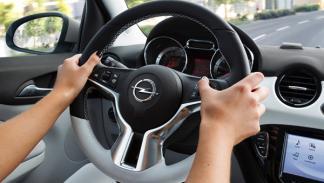 Opel Adam volante