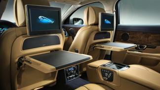 Jaguar XJ 2014 LWB 2