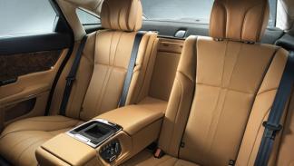 Jaguar XJ 2014 asientos