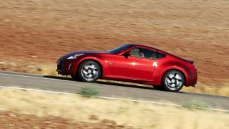 Nissan 370 Z Lateral