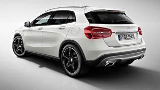 Mercedes GLA Edition 1 trasera