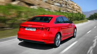Audi A3 Sedán trasera