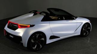 Honda S660 Concept Roadster trasera