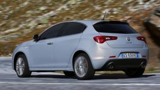 Alfa Romeo Giulietta 2014 trasera