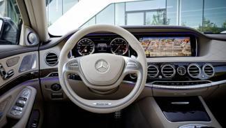 Mercedes S 65 AMG interior