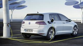 e-golf-enchufe