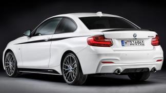 BMW-2-trasera