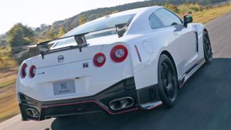 Nissan GT-R Nismo trasera