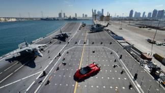 Lamborghini_veneno_roadster_portaaviones_cavour_abu_dhabi_mina_zayed