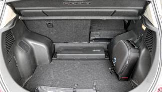 maletero Nissan Leaf 2013
