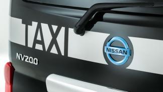 Nissan e-NV200 London Taxi portón