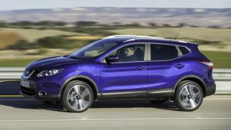 Nissan Qashqai 2014 lateral movimiento
