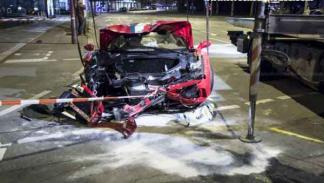 Ferrari 458 Speciale destrozado morro