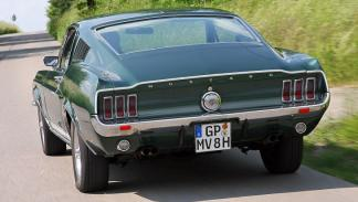 Ford Mustang GTA Fastback 1967 trasera