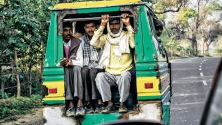 Furgonetas destartaladas por la India