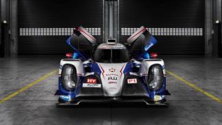 Toyota-TS040-Hybrid-Le-Mans-2014-frontal