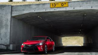Toyota Camry 2015 delantera