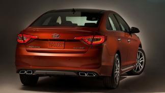 Hyundai Sonata 2015 trasera