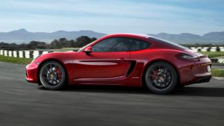cayman-gts-lateral