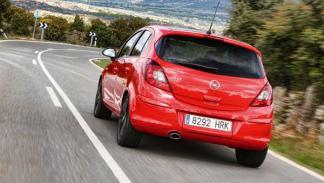 Opel Corsa 1.4 T trasera