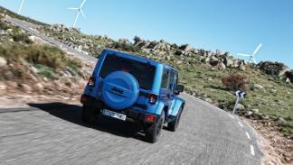 El Jeep Wrangler Polar Edition lleva las letras de la marca en negro