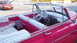 chevrolet convertible clásico cuba