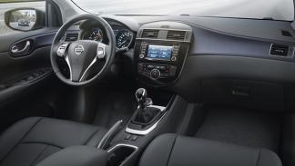 Nissan Pulsar cuadro instrumentos