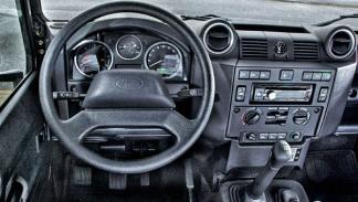 Land Rover Defender test