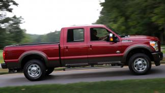 Ford Super Duty 2015 lateral