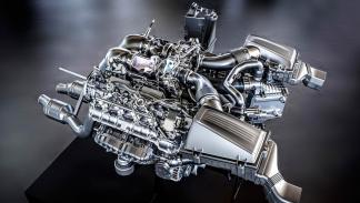 Motor AMG 4.0 V8 Biturbo - Doble Turbo