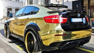 BMW X6 bañado en oro