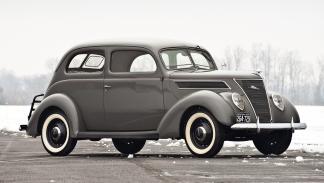 1937 Ford Tudor Sedan