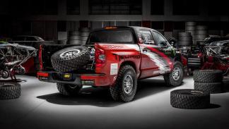 Toyota Tundra TRD Pro Baja 1000 zaga
