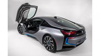 BMW i8 Concours d'Elegance Edition trasera