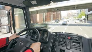 Mercedes Unimog U5023 interior
