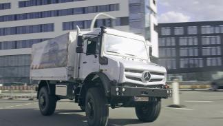 Mercedes Unimog U5023 dinámica