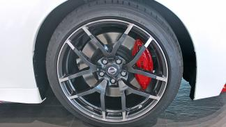 Nissan 370Z Nismo llantas