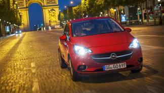 Opel Corsa 2015 delantera