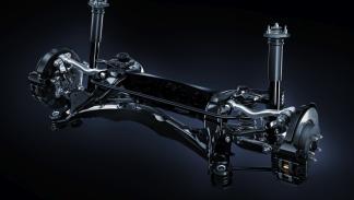 Lexus RC F eje trasero