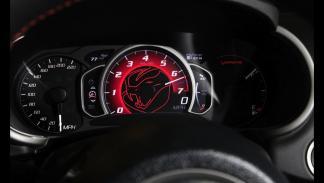 Cuadro de mandos del Dodge Viper SRT 2015