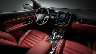 Mitsubishi Outlander Concept S interior