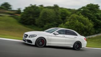 Nuevo Mercedes-AMG C63 2015 lateral