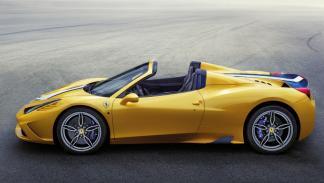 Ferrari 458 Speciale A lateral