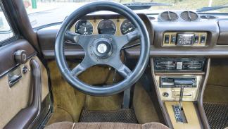Peugeot 504 Coupé, interior
